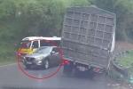 Clip: Mazda CX-5 vượt kiểu 'giết người' trên đèo hẹp, xe tải suýt lật xuống vực