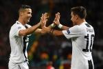 Ronaldo kien tao, Dybala lap cong giup Juventus ha MU ngay tai Old Trafford hinh anh 1