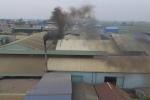 Video: Khói lò xưởng gỗ ép đốt ngày đêm, dân đóng cửa kín, đeo khẩu trang cả ngày