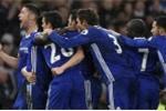 Chelsea thắng dễ Swansea, bỏ xa Man City 11 điểm