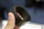 Vòng đeo tay thông minh gọi điện qua ngón tay