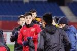 U23 Việt Nam chưa vội khoe áo mới, tận dụng áo cũ khi đi tập