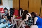 Tìm việc làm qua mạng, nhiều cô gái trẻ bị bán vào ổ mại dâm