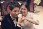 Cặp đôi Song – Song hiểu nhầm phong tục đeo vòng long phụng của người Trung Quốc