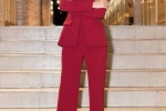 My nhan Viet cung dien phong cach menswear, ai ca tinh hon? hinh anh 7