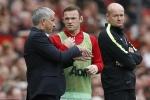 Jose Mourinho động viên Wayne Rooney, yêu cầu cao hơn ở Paul Pogba