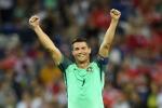 Ronaldo lập đại công, Bồ Đào Nha vào chung kết Euro 2016