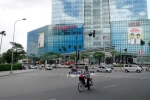 Trung tâm thương mại Hà Nội đìu hiu ngóng Tết