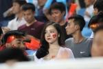 My nhan 'Nong cung World Cup' ruc ro tren khan dai, tiep lua U23 Viet Nam hinh anh 4