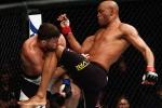 Video: Những pha lên gối đáng sợ nhất năm 2017 ở MMA