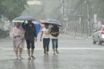 Bắc Bộ mưa rào, Nam Bộ nắng nóng ngày đầu tuần