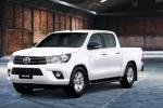 Mẫu bán tải có doanh số thấp bậc nhất thị trường - Toyota Hilux 2018 ra mắt, giá từ 631 triệu đồng