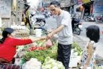 Tăng thuế VAT 12%: 'Bộ Tài chính nói không ảnh hưởng người nghèo là vòng vo, lập lờ'