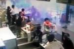 Kẻ đánh bom tự chế cắt cổ tự sát sau khi làm rung chuyển sân bay quốc tế Thượng Hải