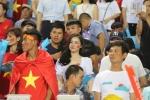 My nhan 'Nong cung World Cup' ruc ro tren khan dai, tiep lua U23 Viet Nam hinh anh 7