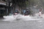 Bão số 1 suy yếu thành áp thấp nhiệt đới, gây mưa khắp các tỉnh thành