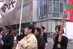 Thanh niên ế lâu năm rủ nhau biểu tình phản đối ngày Valentine
