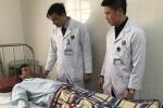 Bệnh nhân tắc ruột do bã thức ăn được phẫu thuật nội soi cứu sống