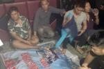 Đột kích quán karaoke ở Quảng Ninh, bắt giữ 12 'con bạc'