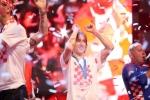 A quan World Cup 2018 Croatia tro ve giua bien nguoi va khoi phao hinh anh 24