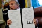 Tổng thống Trump đứng trước nguy cơ bị hạn chế quyền đánh thuế