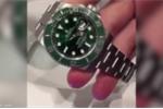 Clip: Thiếu gia chơi 'ngông', xả đồng hồ Rolex bạc tỷ xuống bồn cầu