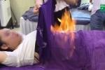 Giảm béo bằng cách quấn khăn đốt lửa: Chuyên gia cảnh báo rùng mình