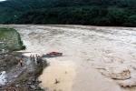 Cập nhật mưa lũ lịch sử: Gần 100 người chết và mất tích