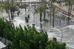 Sóng thần quét qua bờ biển Tây Ban Nha, khu du lịch chìm trong biển nước