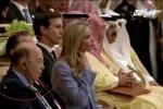 Bộ trưởng Mỹ ngủ gật khi Tổng thống Trump hăng say phát biểu