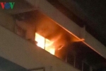 Bệnh viện Bạch Mai bốc cháy trong đêm