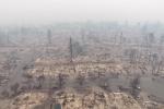 Cảnh hoang tàn như tận thế sau cháy rừng lịch sử ở Mỹ