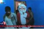 Cảnh sát cải trang thành 'Ông già Noel' truy quét tội phạm ma túy