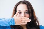 Hơi thở có mùi khó ngửi là dấu hiệu cảnh báo vấn đề sức khỏe gì?