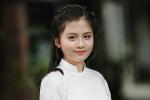Nét đẹp tinh khôi của nữ sinh lớp 10 THPT Huỳnh Thúc Kháng