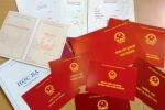 Đánh sập 'xưởng' sản xuất, thu 50.000 bằng giả ở vùng ven TP.HCM