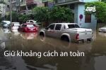 Cách lái ô tô an toàn qua đường ngập ai cũng cần biết