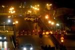 Ô tô Mercedes tông nát xe máy, cầu vượt Thái Hà tê liệt lúc rạng sáng