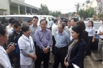 Bộ trưởng Nguyễn Thị Kim Tiến thị sát công tác phòng chống dịch bệnh sau bão 12 tại Khánh Hòa