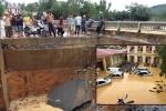 Mưa lũ lịch sử cuốn sập cầu, Phú Thọ chìm sâu trong biển nước