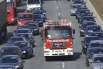 Làn khẩn cấp trên cao tốc ở nước ngoài được sử dụng thế nào?