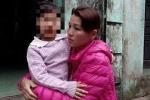 Bé gái 4 tuổi bị cô giáo nhốt trong nhà vệ sinh: Bản tường trình có gì?