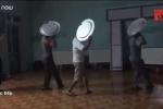 Clip: Các ông chồng luyện múa mâm tặng vợ dịp 20/10 gây bão mạng