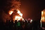 Clip: Xe container cháy trơ khung trên đường Hồ Chí Minh