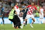 Nga bỏ tù kẻ phá đám trận chung kết World Cup 50 năm mới có 1 lần