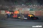 Cận cảnh chiếc xe F1 đầu tiên lăn bánh trên đường đua Việt Nam Grand Prix