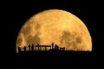 Bí ẩn về các vết đen trên mặt trăng được hé lộ