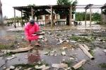 Toàn cảnh miền Trung tê liệt trong mưa bão
