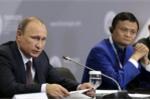 Tổng thống Putin hỏi Jack Ma: Anh còn trẻ quá, sao lại quyết định nghỉ hưu?