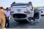 Bốn ôtô tông liên hoàn trên cao tốc Trung Lương